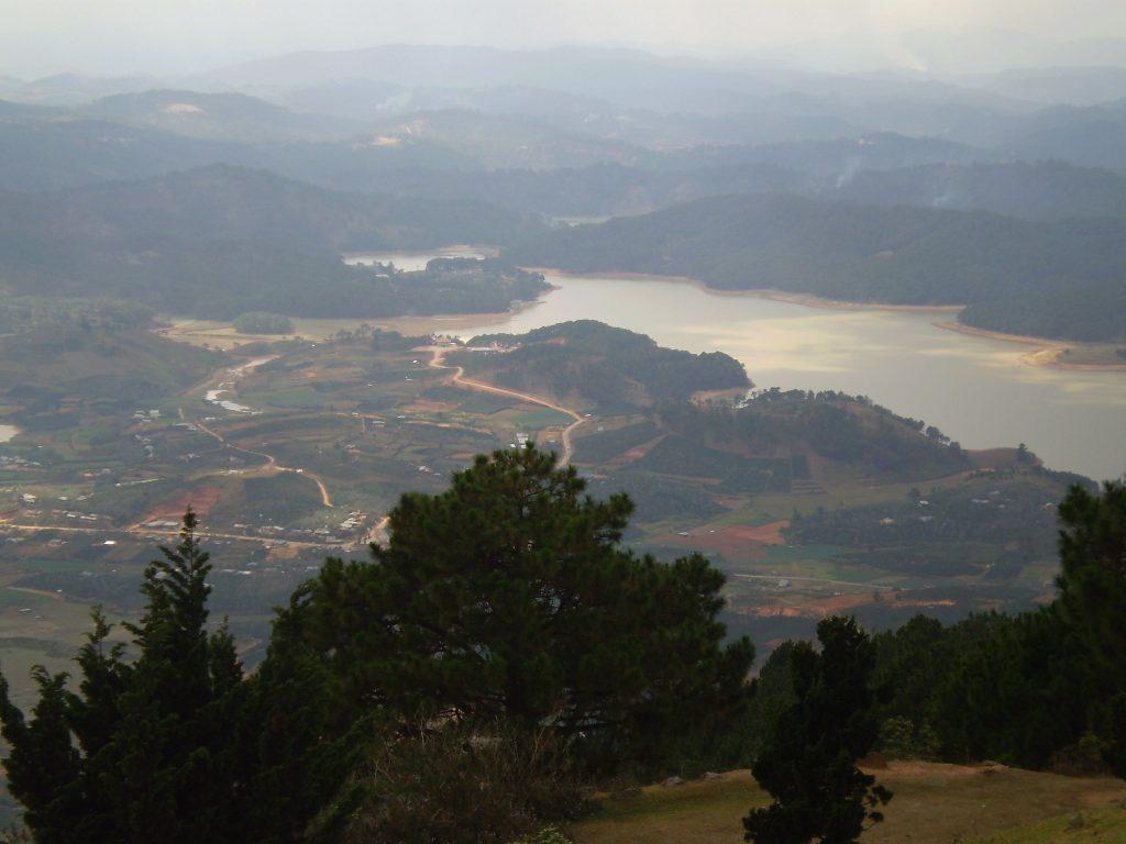 Đỉnh núi LangBiang cảnh đẹp khó quên - hinh 9