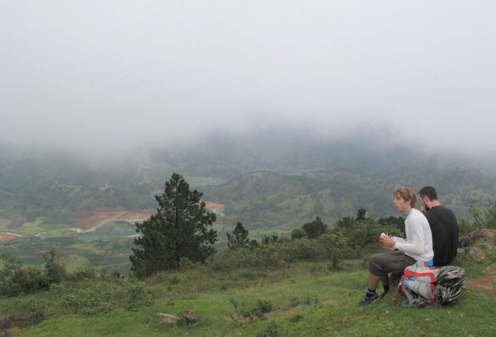 Đỉnh núi LangBiang cảnh đẹp khó quên - hinh 10