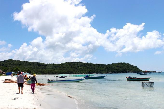 5 bãi biển đẹp nhiều người mê ở Phú Quốc - hinh 2