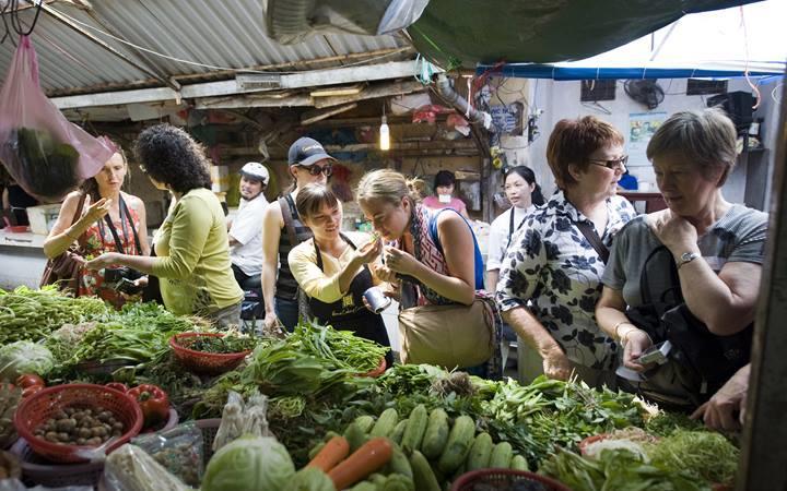 ẩm thực đường phố Hà Nội