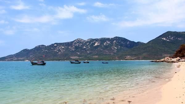 Du lịch Vịnh Ninh Vân thả hồn phiêu lãng với cảnh đẹp - hinh 2