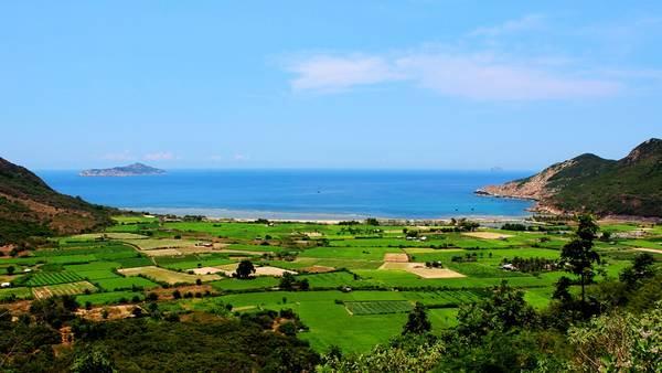 Du lịch Vịnh Ninh Vân thả hồn phiêu lãng với cảnh đẹp - hinh 4