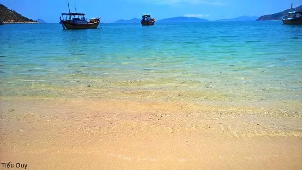 Du lịch Vịnh Ninh Vân thả hồn phiêu lãng với cảnh đẹp - hinh 7