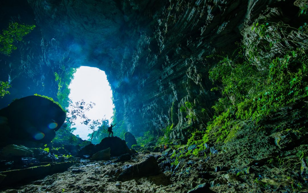 Hang động 5 triệu tuổi ít người biết ở Quảng Bình, Việt Nam