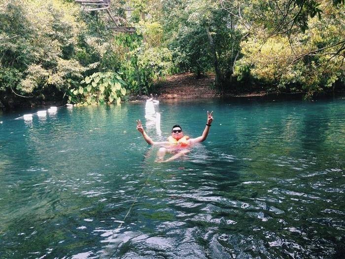 Suối Nước Moọc - Thiên đường đẹp như tranh vẽ ở Quảng Bình - hinh 11
