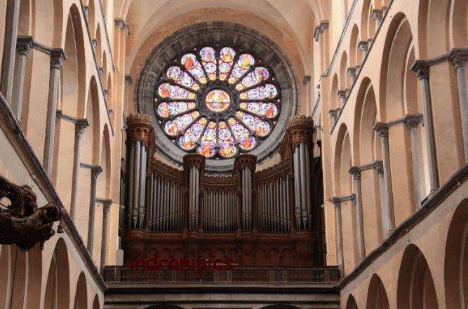 Nhà thờ Đức Bà Sài Gòn - hinh 2