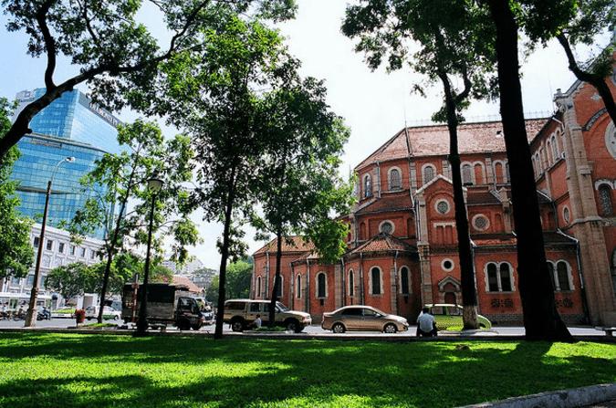 Nhà thờ Đức Bà Sài Gòn - hinh 4