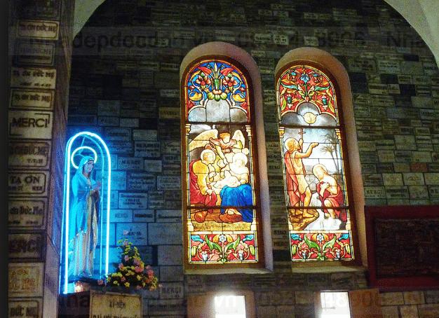 Nhà thờ Đức Bà Sài Gòn - hinh 5