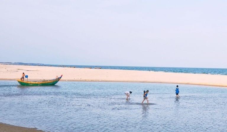 Khám phá 15 địa điểm cực đẹp ở Vũng Tàu - hinh 19