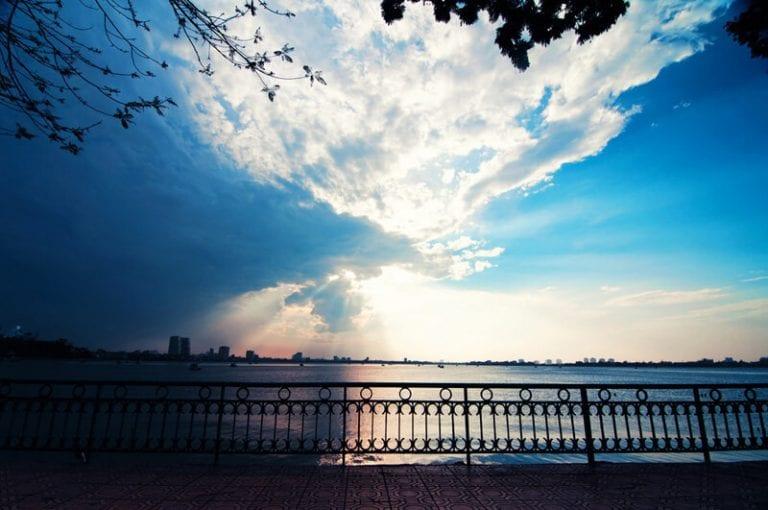 Những địa điểm chụp ảnh đẹp ở Hà Nội - hinh 10