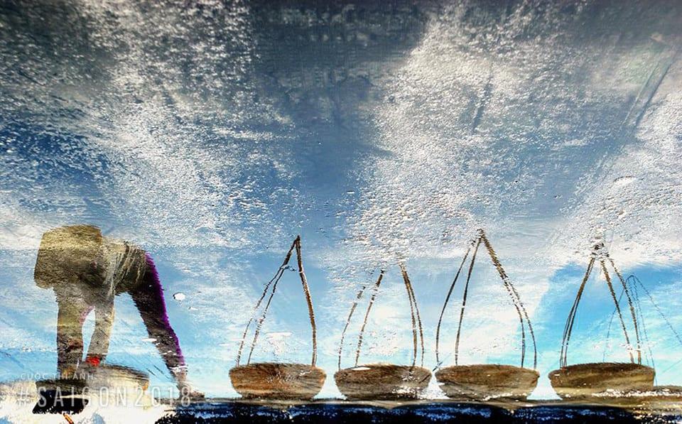 Khoảnh khắc bình dị của ngư dân trước biển cả - anh 7