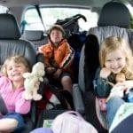 Mẹo để trẻ nhỏ ngồi yên khi đi du lịch
