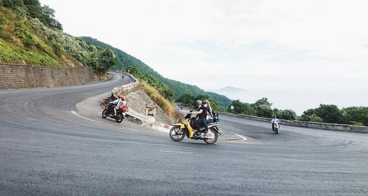 Di chuyển từ sân bay Phú Bài đi Đông Hà, Quảng Trị - xe máy