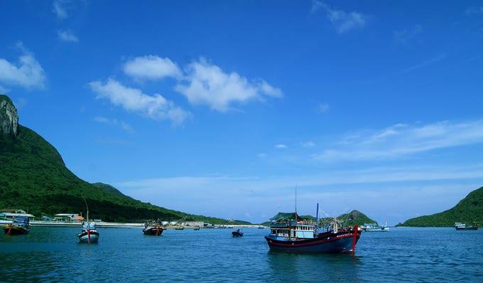 Du lịch hè trên hòn đảo vào top bí ẩn nhất thế giới ở Việt Nam
