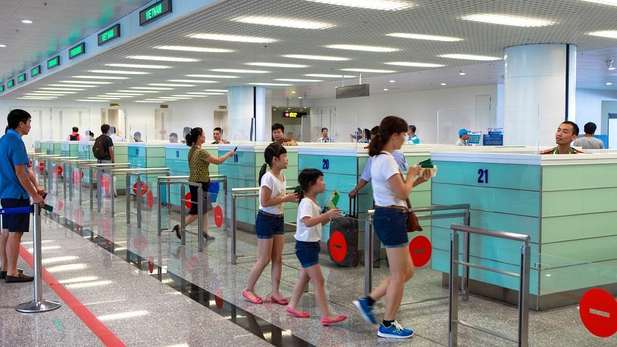 Hành khách quốc tế đi từ Nội Bài - hinh 1