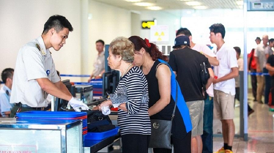 Hành khách quốc tế đi từ Nội Bài - hinh 2