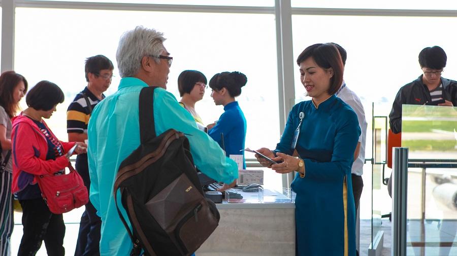 Hành khách quốc tế đi từ Nội Bài - hinh 3