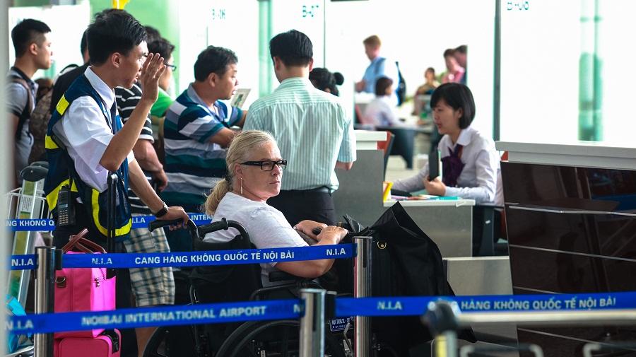 Trợ giúp hành khách đặc biệt – Sân bay Nội Bài