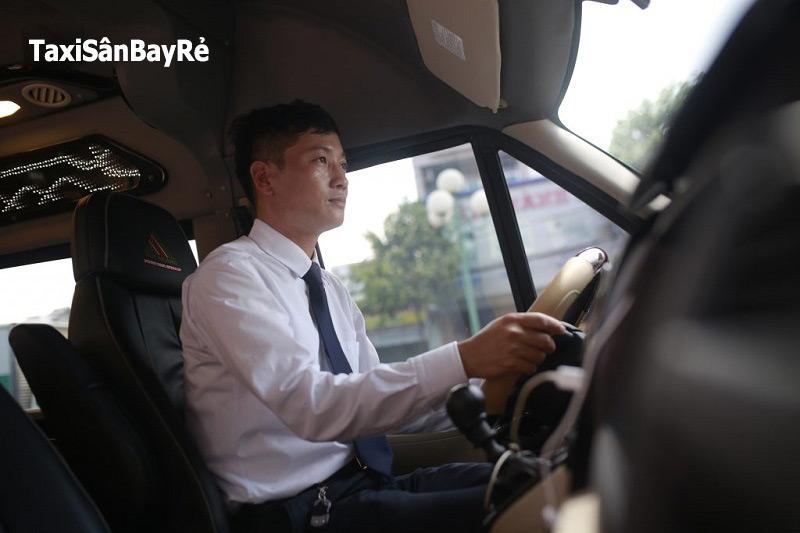 Thuê xe Đà Nẵng đi Hội An 2 chiều - hinh 2