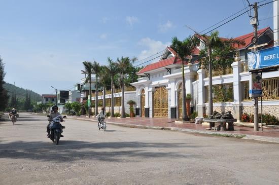 Taxi sân bay Phù Cát đi Tuy Phước, Bình Định - hinh 1